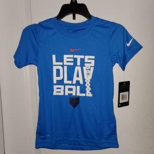 🦋3/$15💰NIKE T-shirt